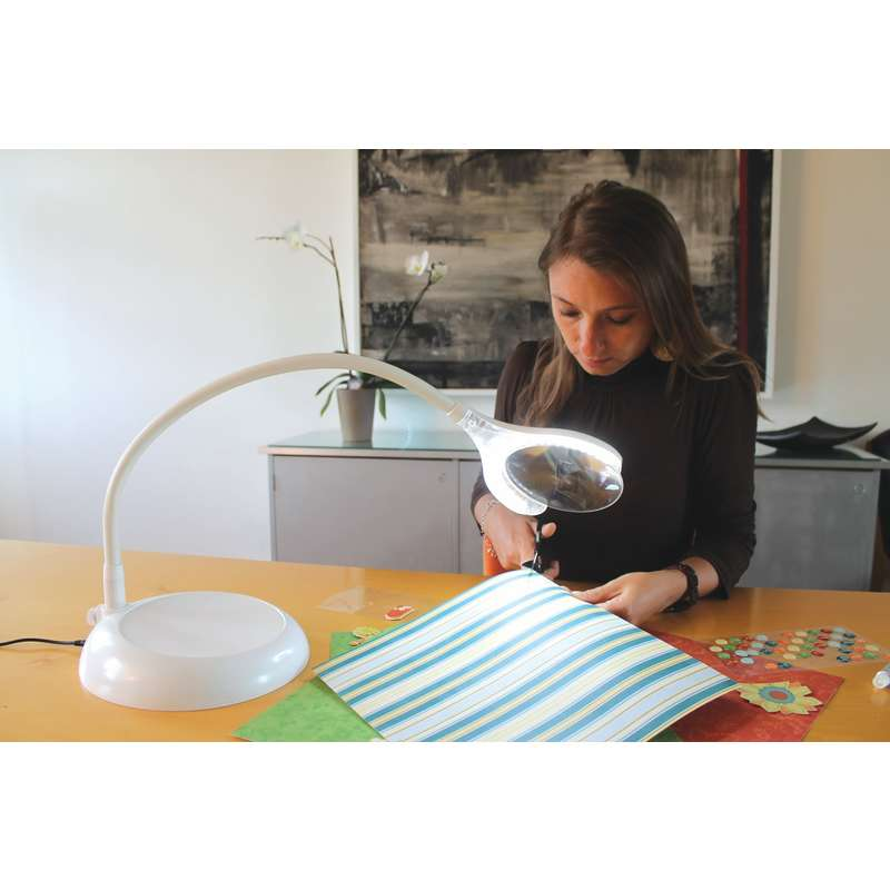 Daylight D25050 Magnificent Floor Amp Table Led Magnifying Lamp